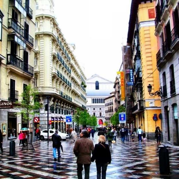 Calle del Arenal, Madrid, Spain